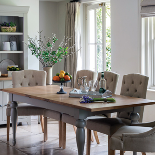 The Gloucester Range Hampstead Condo Set Bonneville Large Dining Table