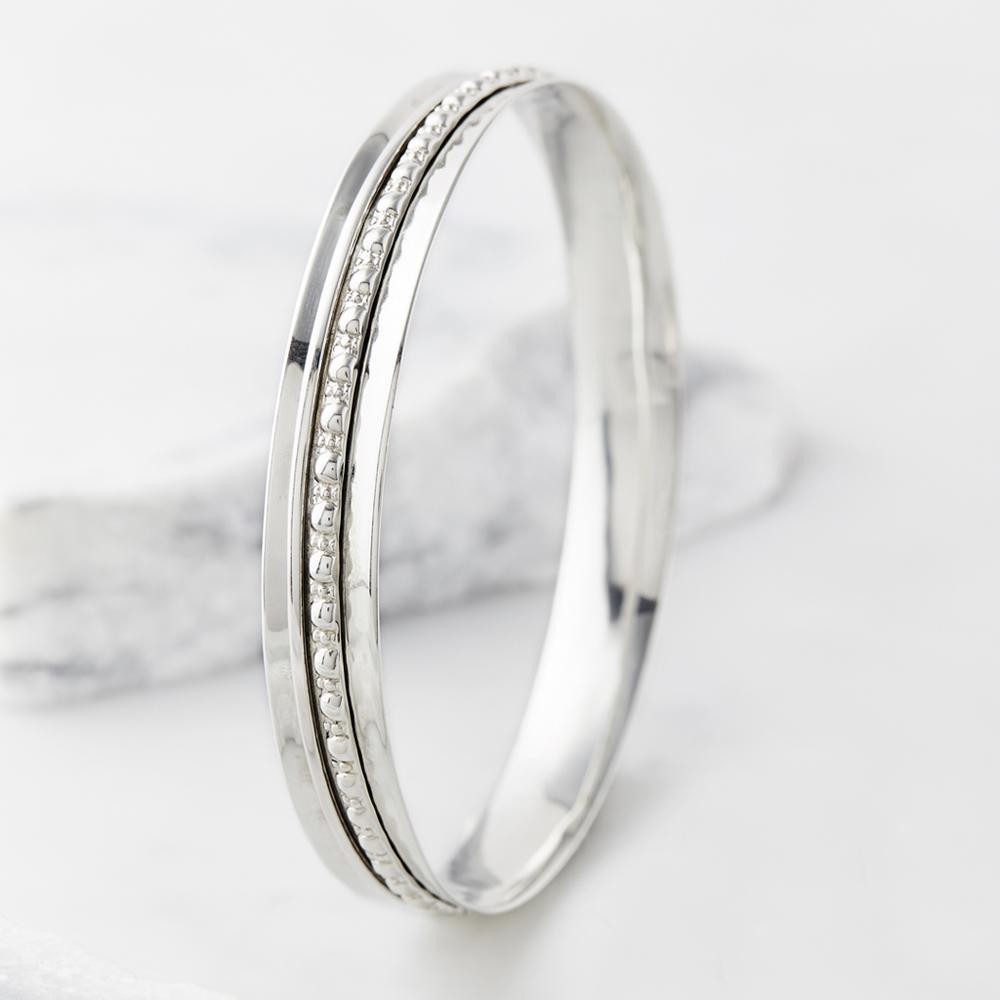 28722a9e0006a Charlotte's Web Maharani Silver Spinning Bangle   Jarrold, Norwich