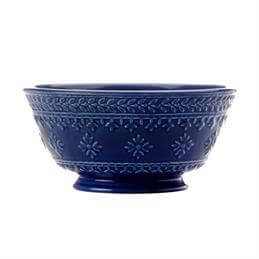 Maxwell & Williams Ponto Footed Bowl: 15.5cm